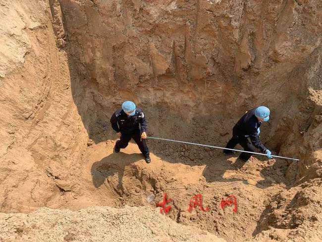 河南原阳4名儿童土方内身亡为刑事案件7人被控制